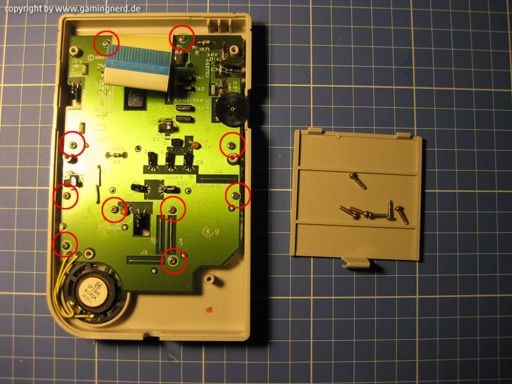img-game-boy-classic-display-06
