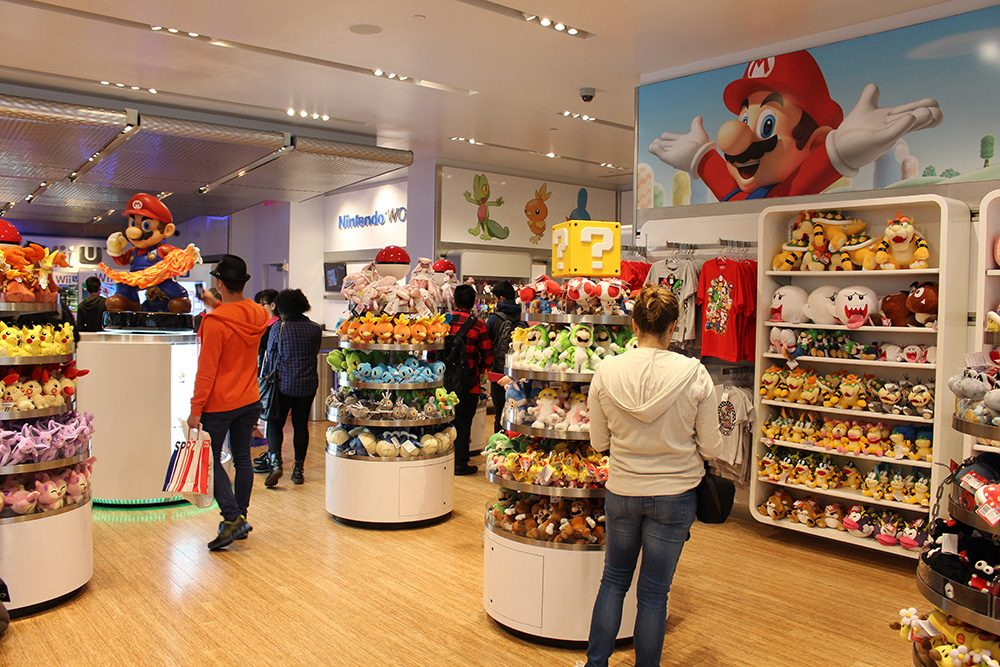 img-nintendo-world-store-merch